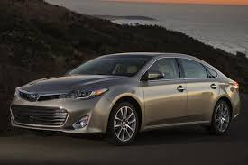 does toyota service lexus 2014 toyota avalon vs 2014 lexus es what s the difference
