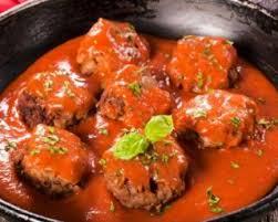 cuisiner des boulettes de boeuf recette de boulettes de bœuf légères tomate ciboulette et d