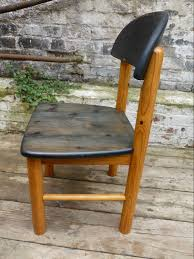 junk deluxe set of 4 pine chairs