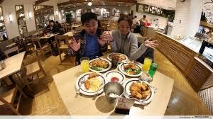 Kfc All You Can Eat Buffet by 10 Insane Fast Food Restaurants Around The World All Macs Kfc Bk