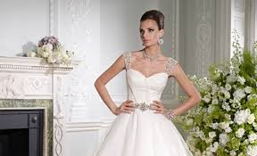 wedding dresses scotland brides of scotland bridal gowns wedding dresses glasgow
