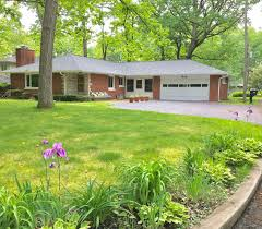 1305 parkway avenue valparaiso in 46385 mls 415247 coldwell