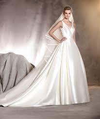 wedding dresses sale pronovias alcoba wedding dress uk16 850 romantique bridal