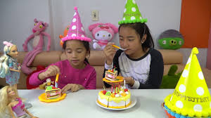 bad baby eating cutting birthday cake toys learn colors with