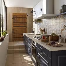 revetement mural cuisine credence cr dence cuisine adh sive l gant revetement mural cuisine leroy avec