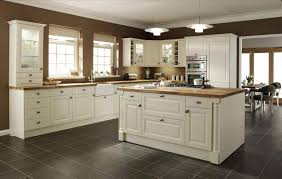 cream cabinets with white trim best 25 cream cabinets ideas on