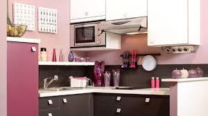 necessaire de cuisine quand la cuisine se pare de couleurs féminines