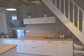 cuisine nature réalisations ambiance cosy pour une cuisine nature de cuisines