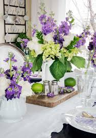 Flowers For Dining Room Table by A Simple Spring Table In The Dining Room Tidbits U0026twine