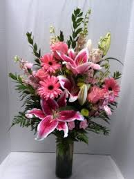 beautiful flower arrangements pretty in pink flower arrangement in webster tx la mariposa flowers