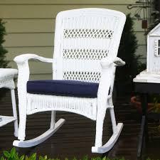 White Resin Wicker Patio Furniture - 44 white patio furniture white patio set patio design ideas