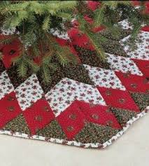 Peppermint Twist Tree Skirt Using Turn The Traditional Bethlehem Quilt Pattern Into A