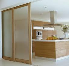 porte coulissante separation cuisine découvrir la porte à galandage en beaucoup de photos portes