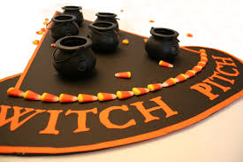 ideas for a halloween party games halloween party game u2013 witch pitch chica and jo