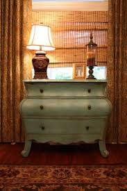 Pictures Of Furniture by Best 25 Restoring Old Furniture Ideas On Pinterest Restoring