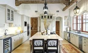 cuisine rustique blanche cuisine cagnarde grise salle cuisine rustique blanche et grise