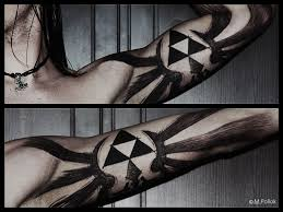 awesome legend of zelda triforce bicep tattoo pic global geek news