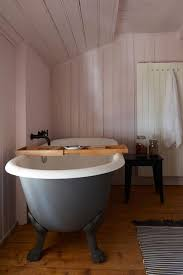 Tongue And Groove In Bathrooms Tongue And Groove U0026 Claw Foot Tub Bathroom Ideas Houseandgarden