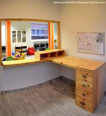 Bespoke Reception Desk Pallet Bespoke Reception Desk Pallet Furniture Projects