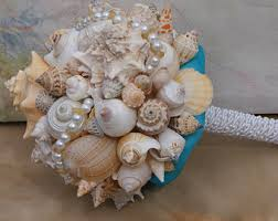 wedding bouquets with seashells starfish and seashell bouquet