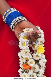 hindu garland hindu flower garland stock photos hindu flower garland stock