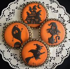 Halloween Decorated Sugar Cookies Cookies With Character How Did I Get Here Oh And A Halloween