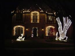 actual homes decorated by christmas light decorators