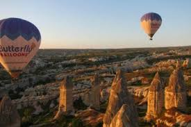 butterfly balloons hot air ballooning with butterfly balloons in goreme turkey