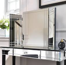 Mirrored Master Bedroom Furniture Wonderful Mirrored Bedroom Decor And Furniture Set Inspiration
