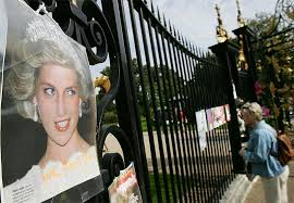 princess diana u0027s family forced to hide her coffin