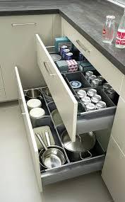 rangement meuble cuisine amenagement placard cuisine beau photos rangement interieur meuble
