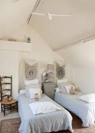 chambre bois 21 têtes de lit en bois pour une chambre authentique