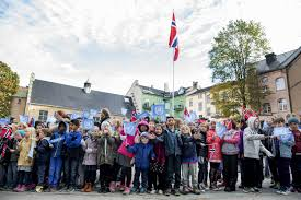 ten percent of norwegian children live in low income homes the local