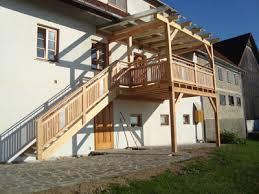 carport mit balkon holzbau feldhofer gmbh vorau balkone carports überdachung
