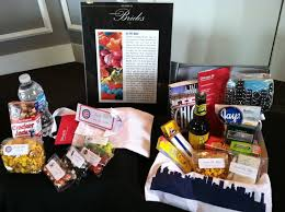 wedding hotel bags local vendor spotlight bagable gifts chicago wedding