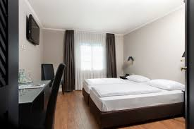 hotel rooms tryp by wyndham munich north hotel