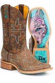 492 best boots images on pinterest cowboys shoe and denim boots