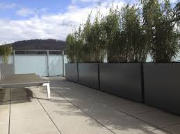 par vue de jardin jardiniere brise vue par vue de jardin closdestreilles