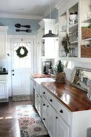 southern kitchen ideas excellent cottage kitchen ideas cottage kitchens southern kitchens