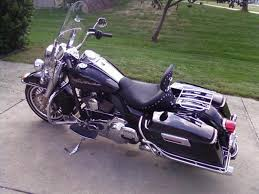 Comfortable Motorcycles How To Ride A Motorcycle With A Passenger Autoevolution