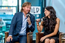 chip and joanna gaines tour schedule chip and joanna gaines pregnant fixer upper stars expecting time