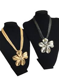 metal flower necklace images Chunky metal flower design necklace otm wholesale fashion jpg