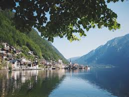 travel diaries 012 the fairytale village of hallstatt austria