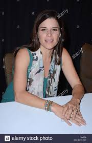 storm halloween orlando fl usa 31st oct 2015 neve campbell in attendance for