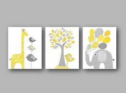 cadres chambre bébé lot illustrations pour chambre denfant et jaune gris tableau