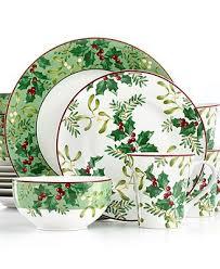 christmas dinnerware 190 best christmas dinnerware images on christmas