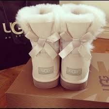 ugg bailey bow boots on sale best 25 ugg mini bailey bow ideas on damen 2930