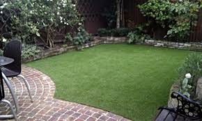 Fake Grass For Backyard by Fake Grass Lawn Easy Low Maintenance Garden Small Courtyard Patio