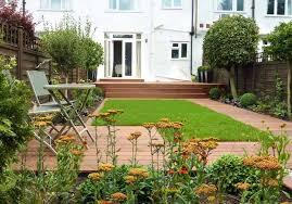 small garden design ideas quiet corner