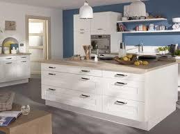 cuisine blanche plan de travail bois cuisine blanche 20 idées déco pour s inspirer deco cool
